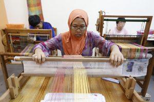 Siti weaving
